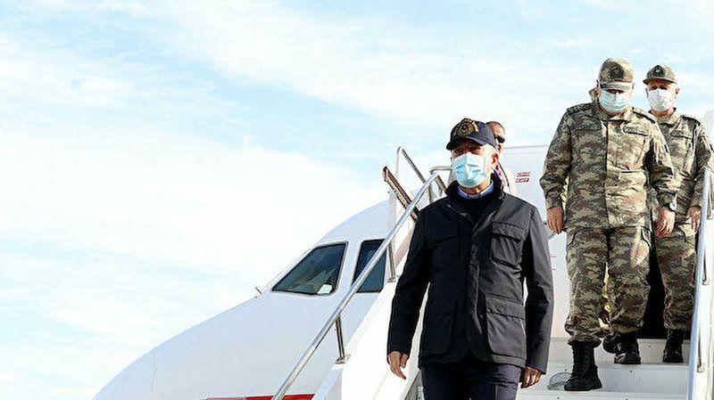Hulusi Akar'ı taşıyan uçak acil iniş yaptı!