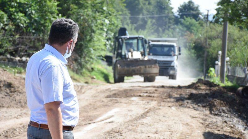 """""""Karasu'da asfalt çalışmaları devam ediyor"""