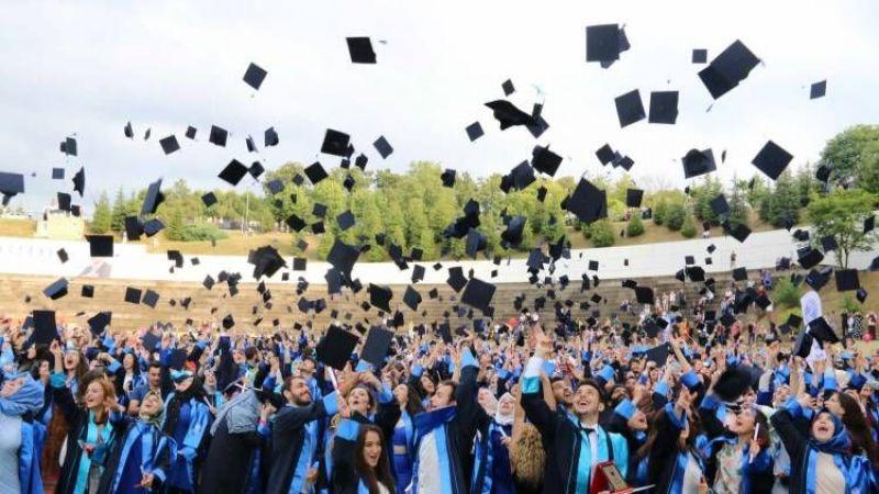 SAÜ mezuniyet programı belli oldu