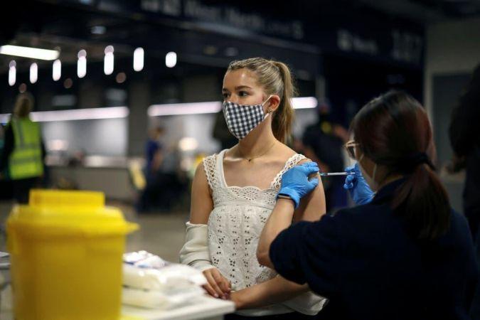 Çift aşı olanlara kritik uyarı