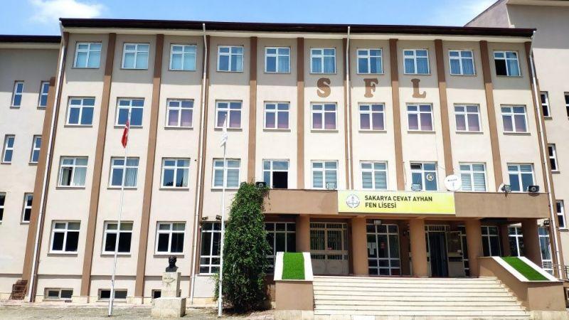 Cevat Ayhan Fen Lisesi yine farklı