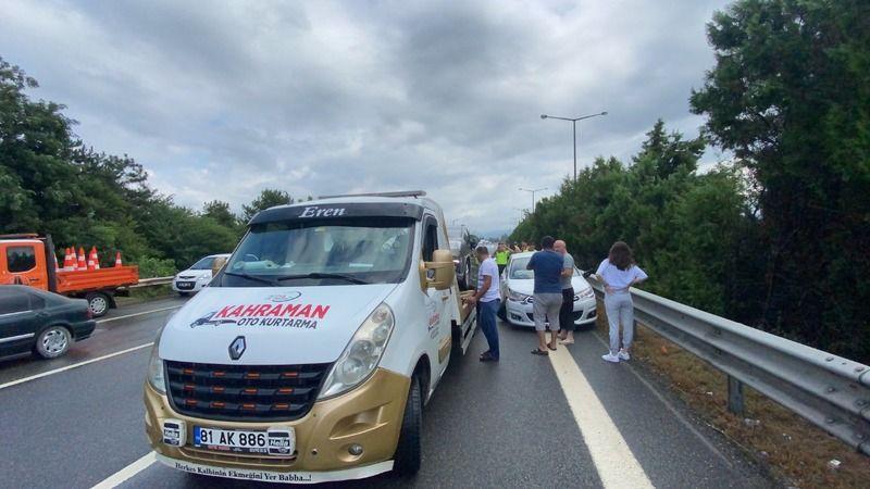 TEM'de kaza: 12 yaralı