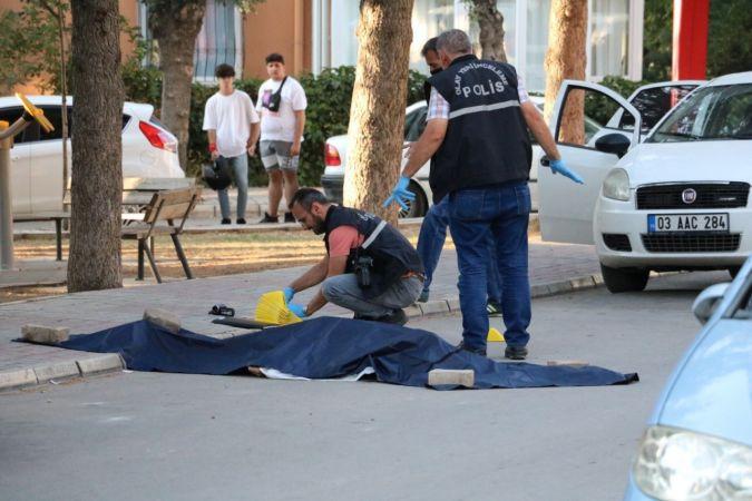 Sokak ortasında dehşet saçtı: 4 ölü!