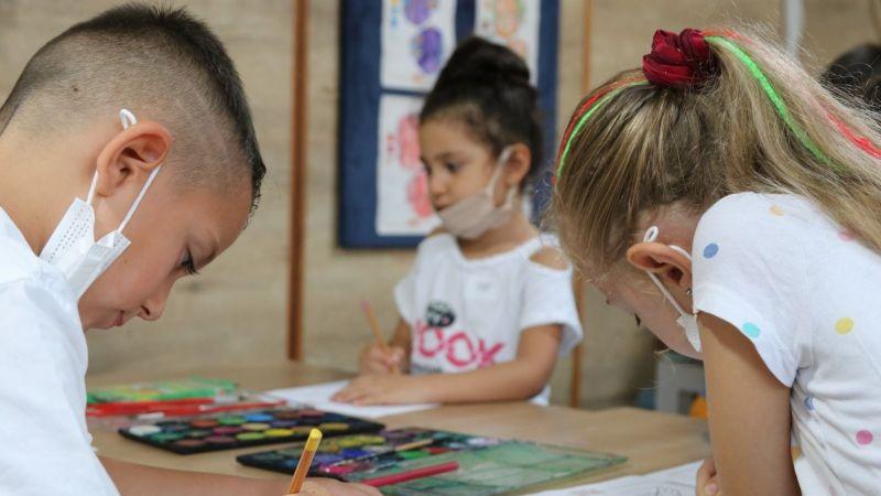 Minikler Çocuk Bahçesi'nde eğlenirken öğreniyor