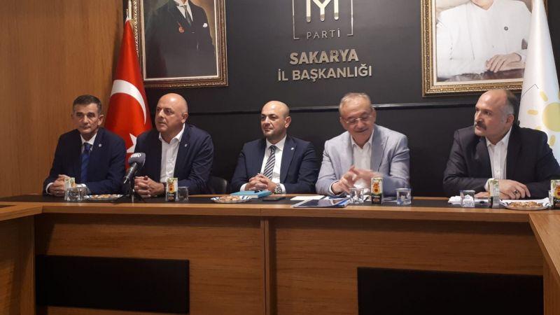 "İYİ Parti'den tespit: ""Kurumsal bir tıkanma"""