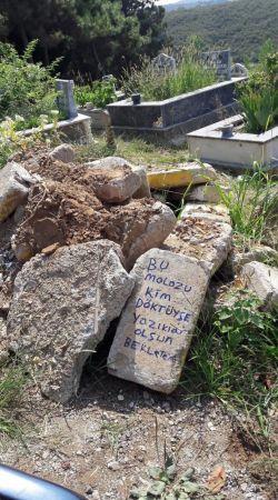 Babasının mezarına moloz döktüler
