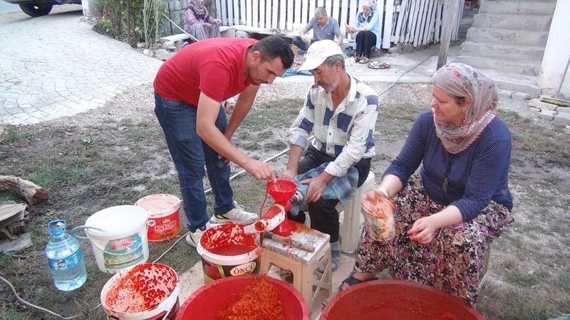 Taraklı'da imece usulü kış hazırlığı başladı