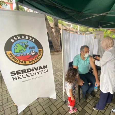 Serdivan'da aşıya yoğun ilgi
