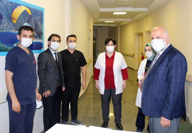 Başhekim Akyol hastane personeline teşekkür etti
