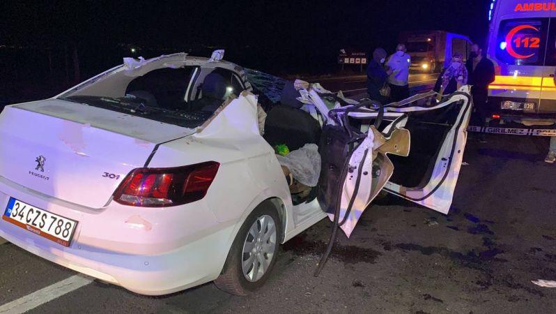 Düğün yolunda feci kaza: 2 ölü, 4 yaralı