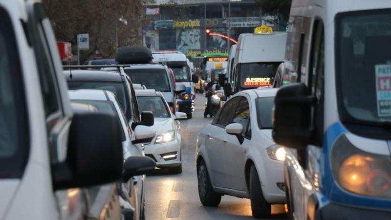 Sakarya'da trafiğe kayıtlı kaç araba var?
