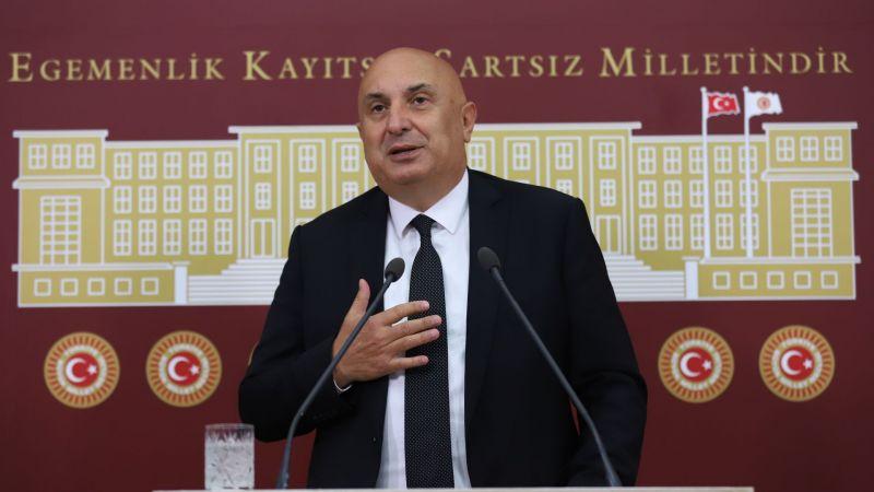 Özkoç: 'Türkiye yönetilemiyor'