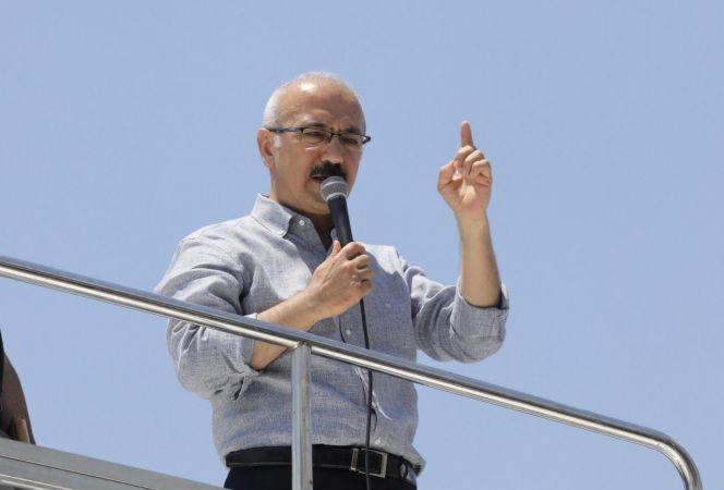 Kalkınma Bakanı Lütfi Elvan Mersin'de