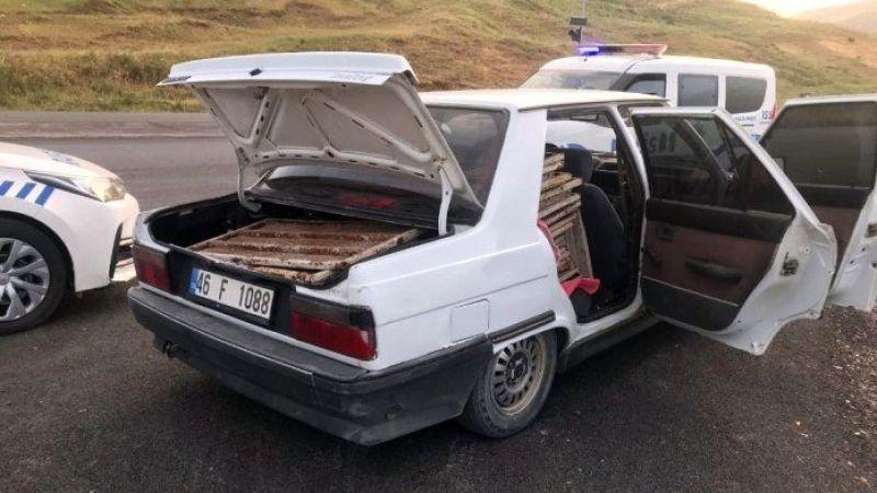 Vatandaşlardan kaçan hırsızlık şüphelisi polise sığındı