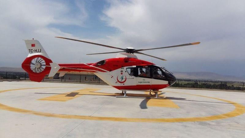 Yaralı işçi ambulans helikopterle sevk edildi