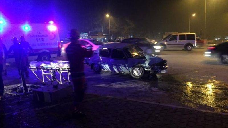 Otomobiller çarpıştı 7 kişi yaralandı
