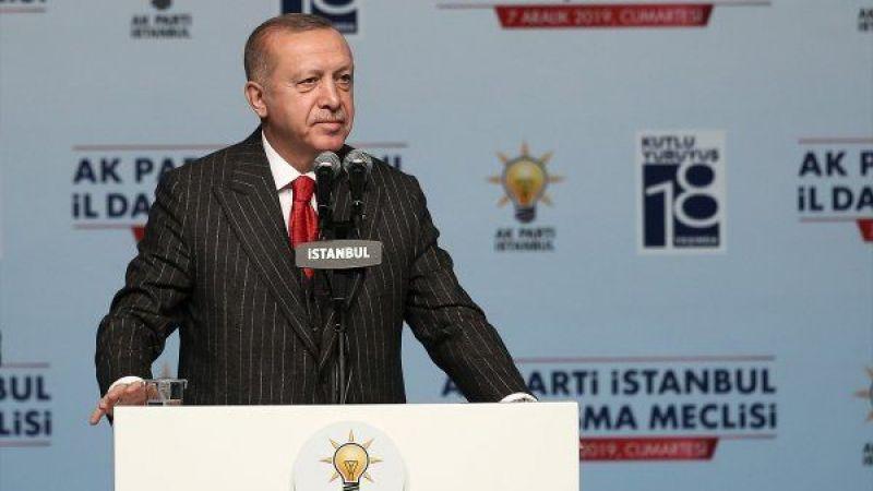 Erdoğan: Ahmet Davutoğlu ve Ali Babacan Halkbank'ı dolandırmaya çalışıyor