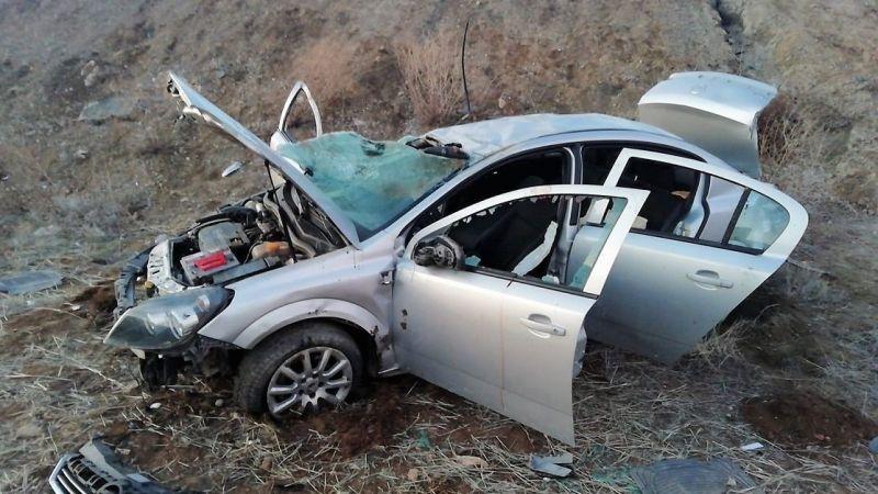Elbistan yolunda feci kaza: 1 ölü 4 yaralı