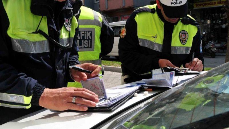 Sürücüler dikkat! zamlı ceza yarın devreye giriyor
