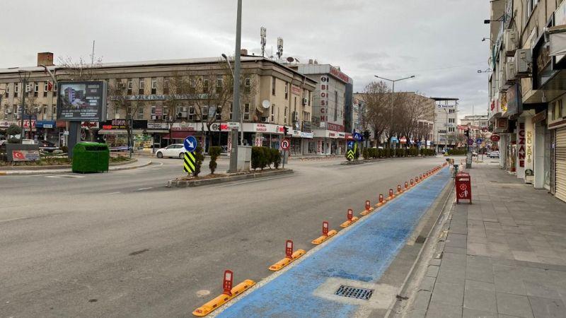 Yasaklar sonrası Elbistan sokakları sessizliğe büründü