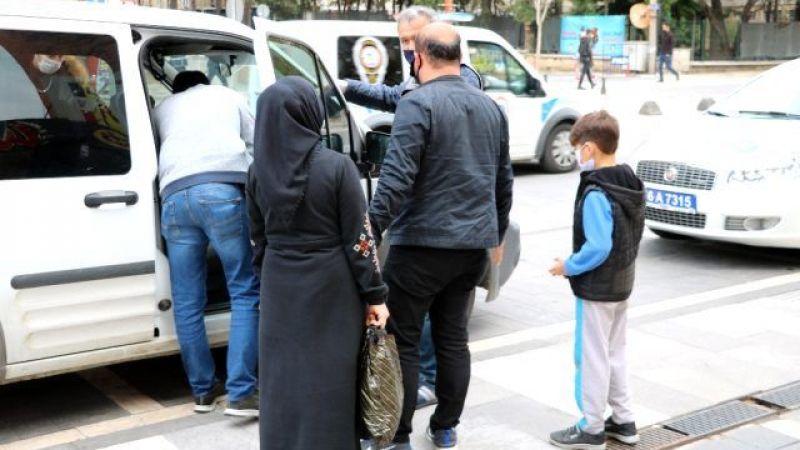 Sokağa çıktığı için ceza kesen polise: Çocuk benim, ölürse ölür sana ne oluyor
