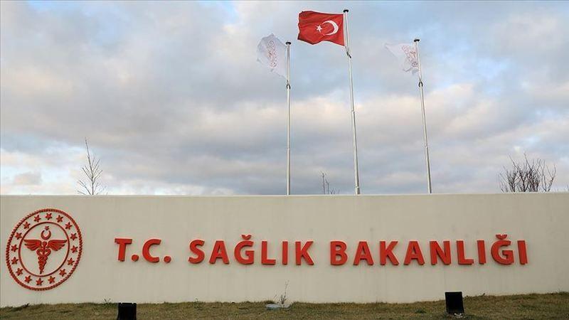 Türkiye'de koronavirüs sebebiyle can kaybı 2 bin 992 oldu