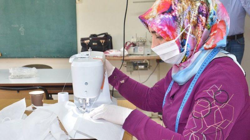 Elbistan'da 18 bin koruyucu maske üretildi