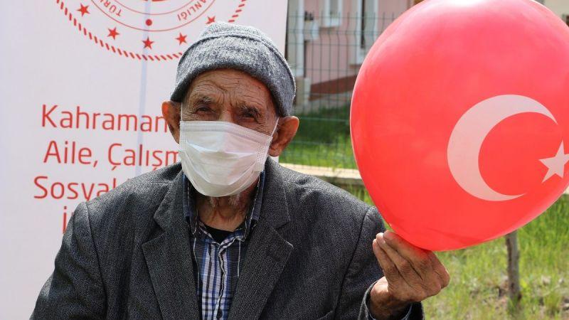 101 yaşında korona virüsü yendi, sağlıkçılara dua etti