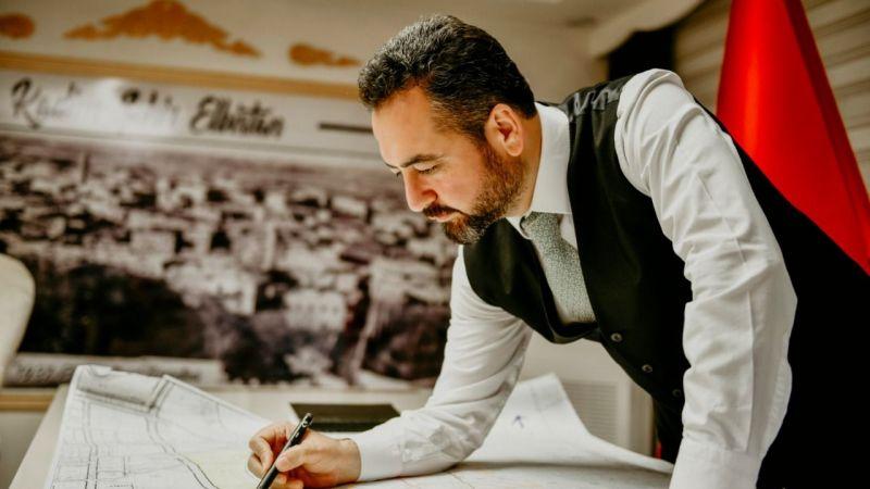 ORC Araştırma: Mehmet Gürbüz en başarılı belediye başkanları arasında yer aldı