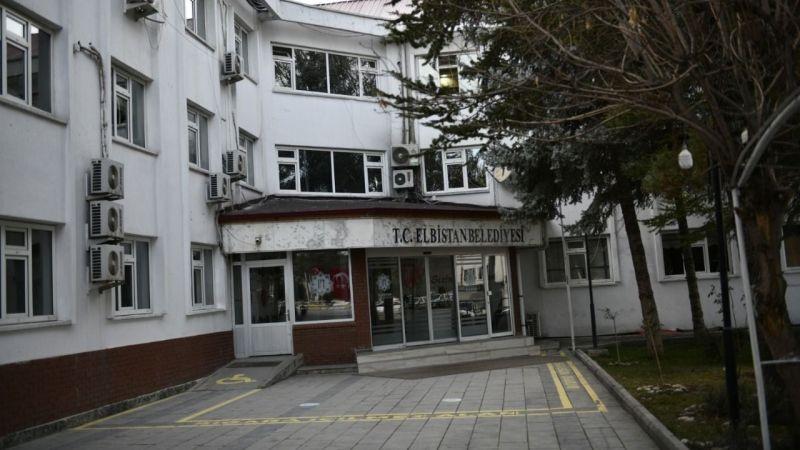 Elbistan Belediyesi, Avrupa'da yaşayan Elbistanlılara maske gönderdi
