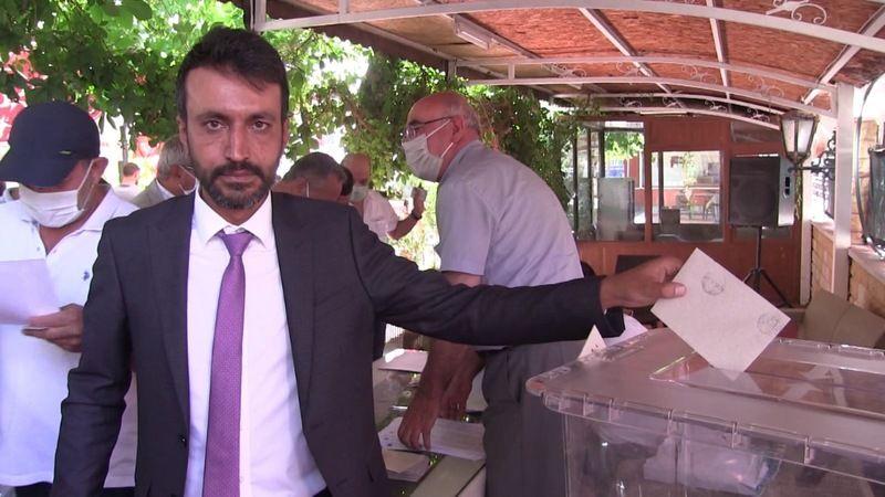 MHP Elbistan ilçe başkanı Üzeyir Bostan oldu
