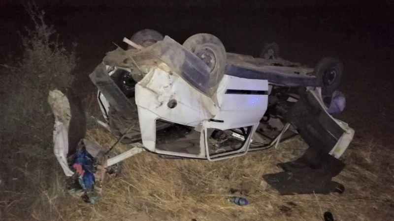 Arkadan çarptığı otomobil takla attı: 2 yaralı
