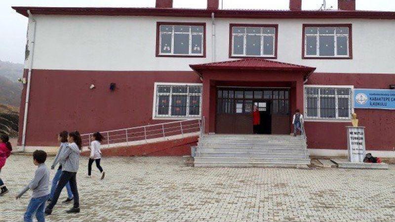 Ekinözü'nde öğretmenler Covid-19'a yakalandı, eğitime ara verildi