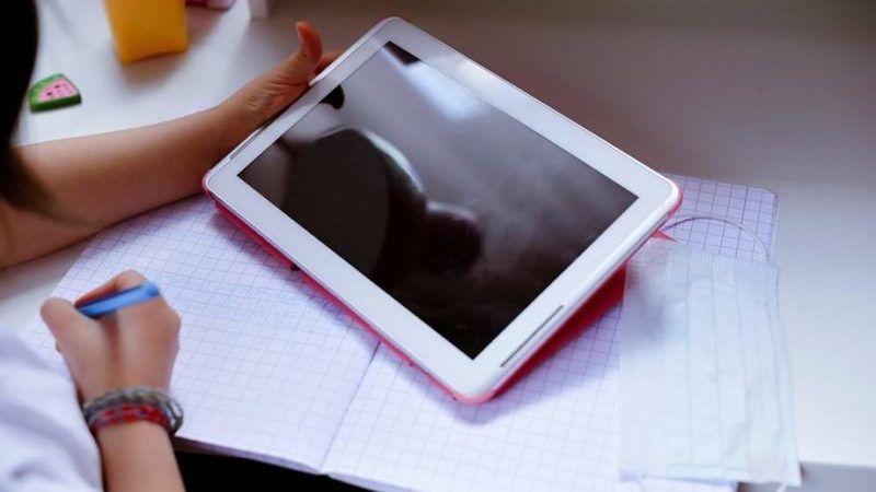 Elbistan'da öğrencilere 490 adet ücretsiz tablet dağıtılacak