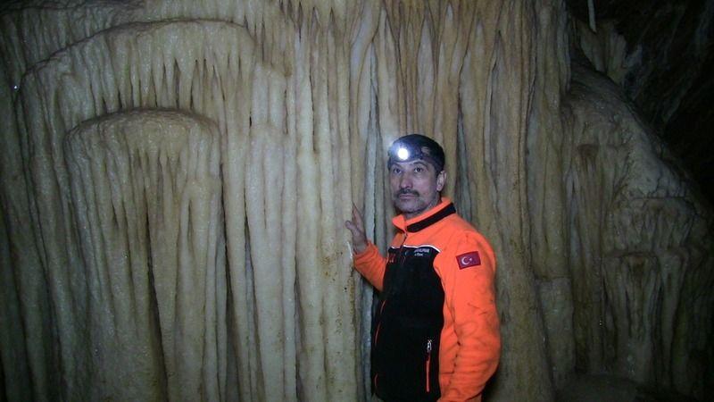 Göksun'da binlerce yıllık mağara ELKUD tarafından keşfedildi
