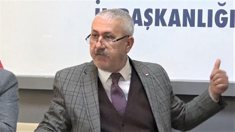 Elbistan'da Kemal Kılıçdaroğlu'nun isminin kaldırılmasına tepki