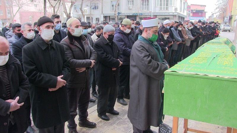 Cansız bedeni kayalıklarda bulunan Ali Kazım Ülker Elbistan'da toprağa verildi