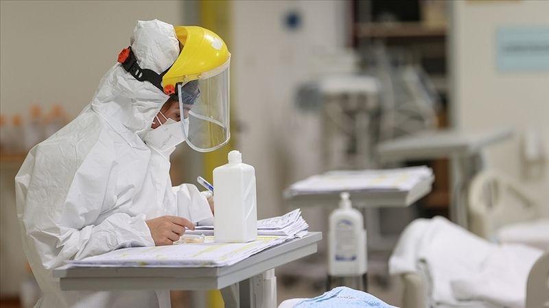 Türkiye'de bugün koronavirüs sebebiyle 97 kişi hayatını kaybetti