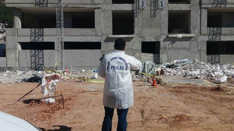 Dokuzuncu kattan düşen 16 yaşındaki genç işçi hayatını kaybetti