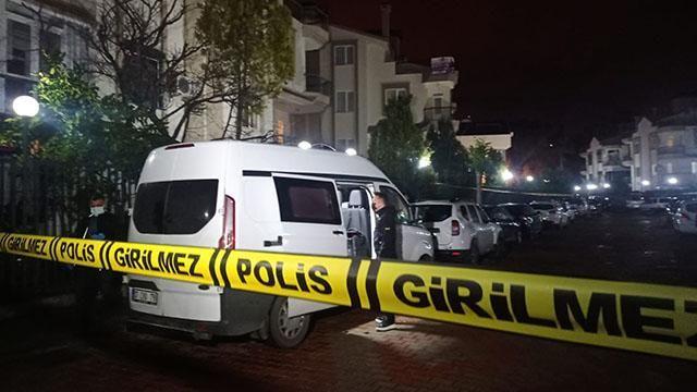 Aynı aileden 4 kişi silahla öldürülmüş halde bulundu