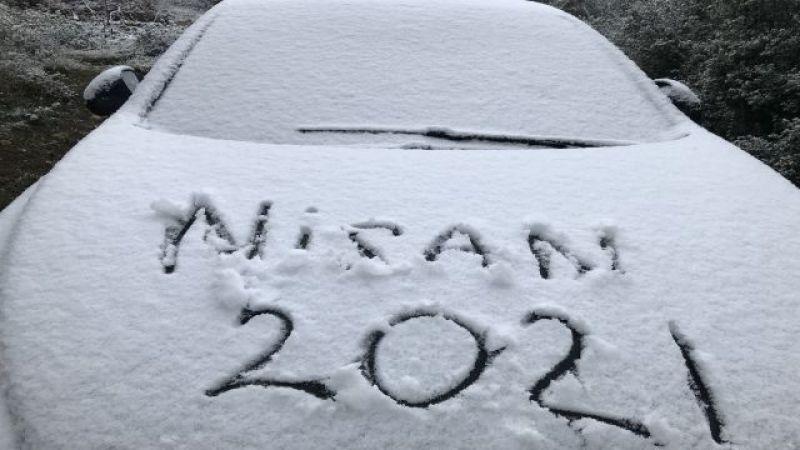 Elbistan'a nisan ayında kar yağdı: Pazartesi günü devam edecek