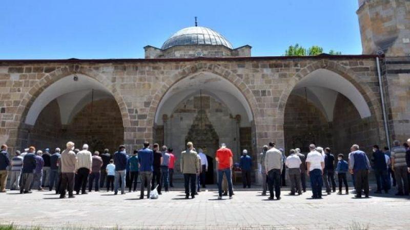 Elbistan'da, hayatını kaybeden Filistinliler için gıyabi cenaze namazı kılındı