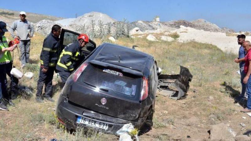 Elbistan'da otomobilini mıcıra kaptıran öğretmen ölümden döndü