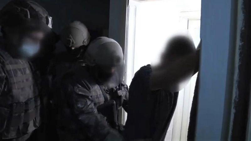 Özel harekat polislerinden uyuşturucu operasyonu!