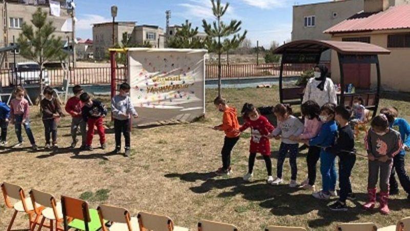 Elbistan'da çocuk oyunları projesi büyük ilgi gördü
