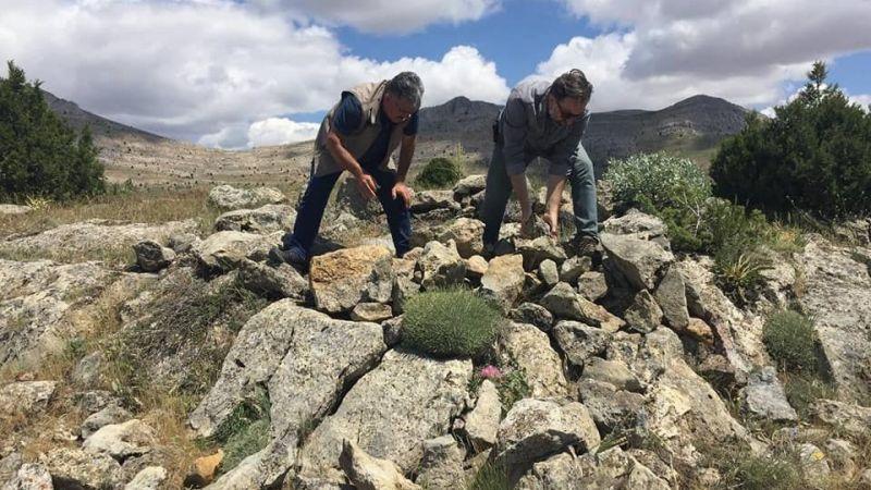 Elbistan'da kaçak avcılar yakalandı, evsinler yok edildi