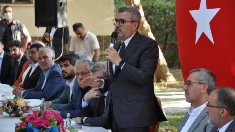 Mahir Ünal, fondaş gazeteciler hakkında konuştu: Saldırıyorlar!