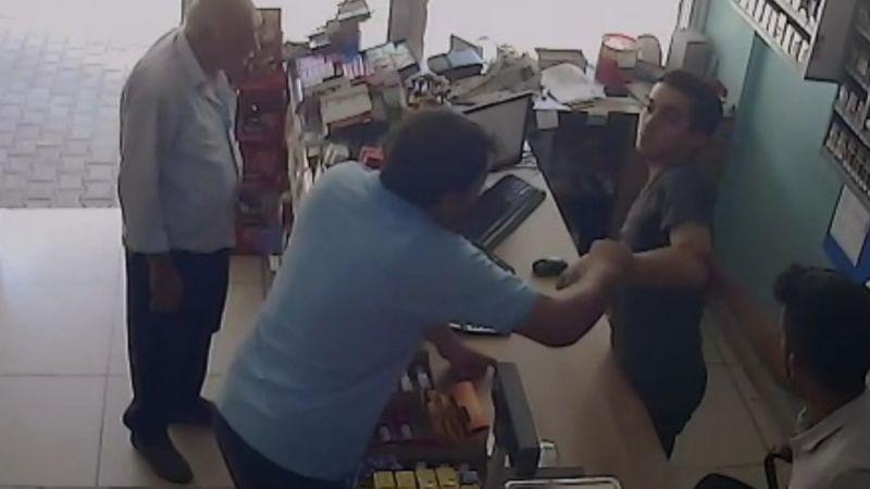 Veresiye vermeyen personel, müşteri tarafından darp edildi
