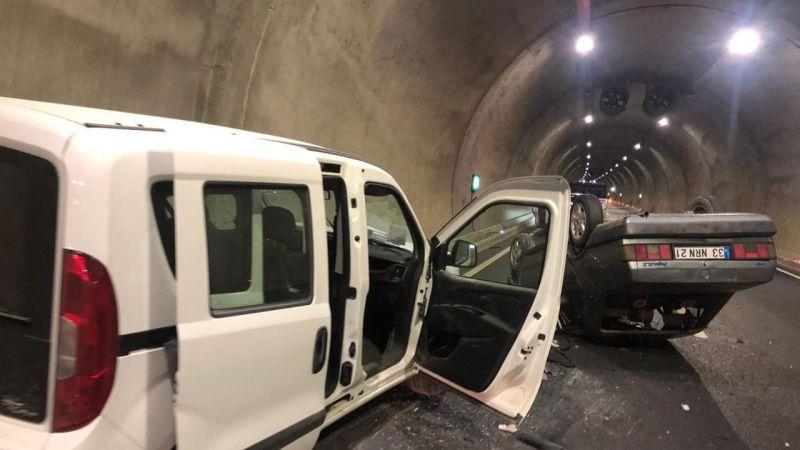 Edebiyat yolu tünelinde trafik kazası: 2 yaralı