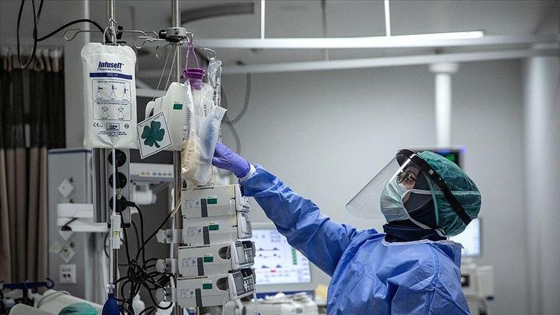 Türkiye'de bugün 248 kişi koronavirüs sebebiyle hayatını kaybetti